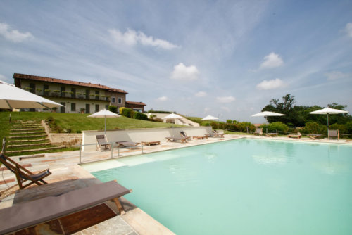 Prime Alture Wine Resort Piscina